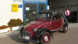 2CV Charleston granate restauración