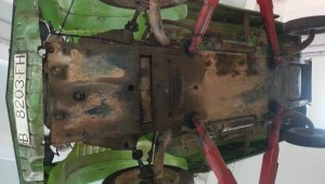 Restauración mehari verde